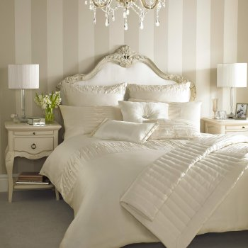 Kylie bedding Melina oyster embroidered duvet cover