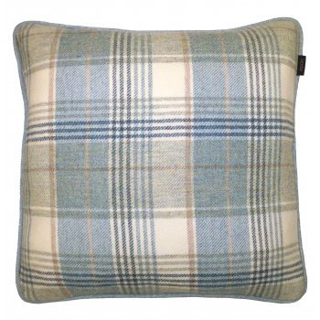 Style furnishings Gleneagles glacier pure new wool piped cushion 43cm