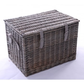 Wicker barn 4 Person Extra Deep Hamper with Green Tweed Lining