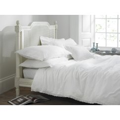 Chantilly white lace duvet cover