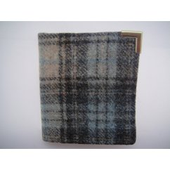 Gents wallet genuine wool scottish made in doune celestial