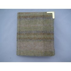 Gents wallet genuine wool scottish made in pistachio