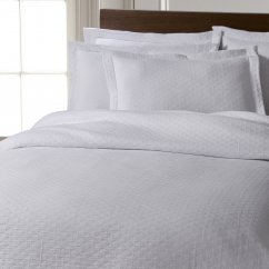 Chester stonewashed pure cotton bedspread - white