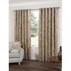 Plush silk readymade eyelet curtains